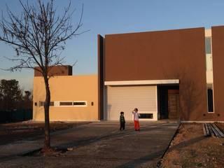 Vivienda Steel Framing Haras Santa María:  de estilo  por Montaggio Arquitectura en Seco