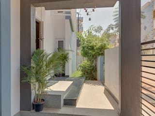 根據 Ashwin Architects In Bangalore 現代風