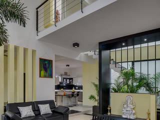 Living Room Design:  Living room by aaaa