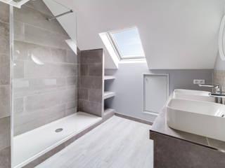 Maison Draveil Anne Lapointe Chila Salle de bain moderne Grès Gris