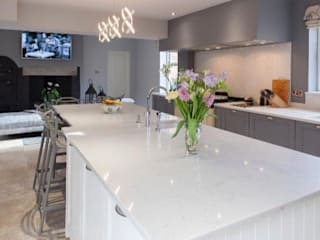 REMODELLED KITCHEN: modern Kitchen by NO4 DESIGN STUDIO