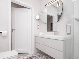 Służbowy apartament w Jarosławiu Minimalistyczna łazienka od Viva Design - projektowanie wnętrz Minimalistyczny