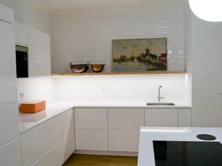 Muebles de cocinas de estilo  por Tangerinas e Pêssegos