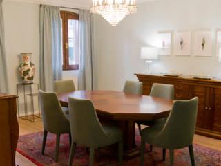 Sala de jantar: Salas de jantar ecléticas por Tangerinas e Pêssegos - Design de Interiores & Decoração no Porto