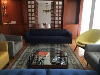 DEPTO HUMCA | DEL VALLE | CDMX: Salas de estilo moderno por SHMN ARQUITECTURA