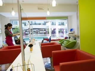 de AM interiors - designs Moderno