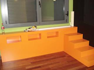 Dormitorios infantiles de estilo moderno de AM interiors - designs Moderno