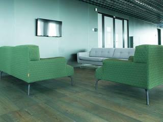 Wood flooring in A'dam Tower Klassieke kantoorgebouwen van Uipkes Wood Flooring Klassiek