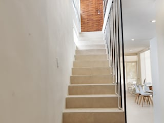PORTO Arquitectura + Diseño de Interiores Stairs