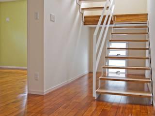 八重瀬K邸 オリジナルスタイルの 玄関&廊下&階段 の 株式会社青空設計 オリジナル