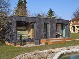 corso sauna manufaktur gmbh Jardines de estilo moderno