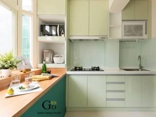台北中和W宅:  廚房 by 秐果設計