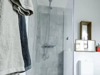 Realización de Baño nuevo: Baños de estilo escandinavo de GPA Gestión de Proyectos Arquitectónicos  ]gpa[®