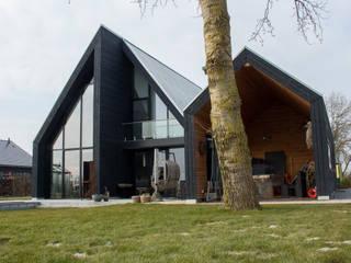 achterzijde veranda:  Villa door Nico Dekker Ontwerp & Bouwkunde
