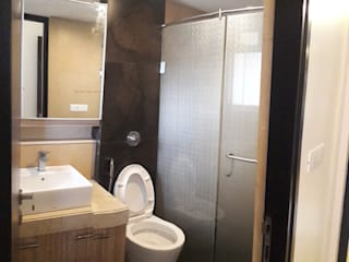 thane project:  Bathroom by Rennovate Home Solutions pvt ltd