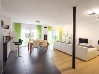 Comedores de estilo moderno por FingerHaus GmbH
