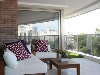 Casas de estilo moderno de LR Arquitetura Moderno