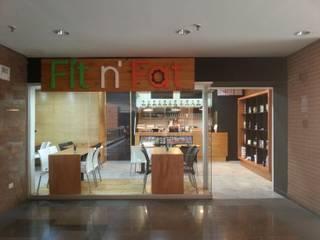 Fit n' Fat - Cafetería. C.C. Plaza las Américas de MARATEA estudio Minimalista