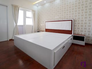 Subhra and Bharta's apartment in MJR Pearl,Kadugudi,Bangalore:  Bedroom by Asense