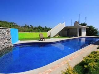 by Crystal Pool Tropical