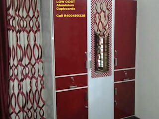 low cost kitchen cabinets in bangalore call 9449667252:  Kitchen by VENEZIA Kitchens & Home INTERORS