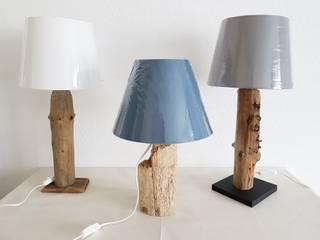 """Tischleuchte """"Treibholz"""" mit rundem Lampenschirm von nordic Art Rustikal"""