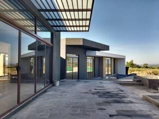 CASA PR Balcones y terrazas modernos de 12.20 Estudio de Arquitectura Moderno
