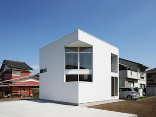 Modern home by *studio LOOP 建築設計事務所 Modern