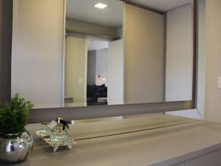 INTERIORES G | F Closets por Drömma Arquitetura Moderno