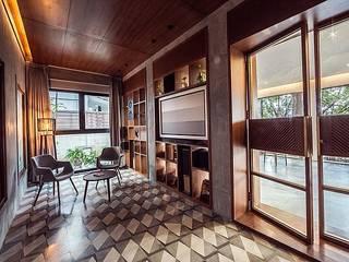 Interior:  Kitchen by WeBe Design Lab