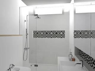 Apartamento Luz: Casas de banho  por Criadesign Studio,Moderno