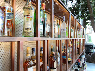 Open Air Bar Tropical style wine cellar by Orkun İndere Interiors Tropical