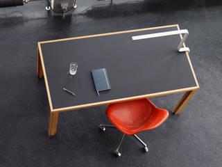 Büroplanung und -einrichtung Minimalistische Bürogebäude von BANDYOPADHYAY interior Minimalistisch