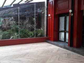 Pisos Millenium 餐廳 木頭 White