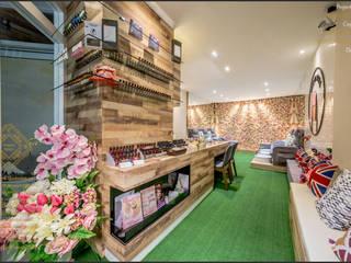 Enrich Artlife & Interior Design Sdn Bhd Espacios comerciales