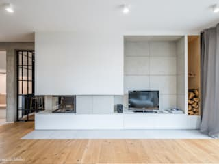 Minimalist living room by NA NO WO ARCHITEKCI Minimalist