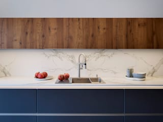 D² | A Contemporary Mix Davonport KitchenCabinets & shelves