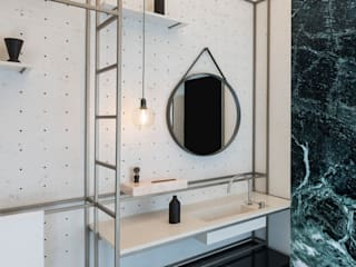 Baños de estilo moderno de studio wok Moderno