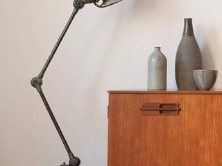 Décoration // Séjour // Echoppe BORDEAUX La Bastide: Salon de style de style Scandinave par FABRIQUE D'ESPACE