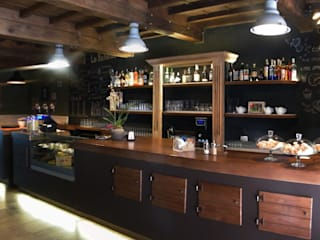 La Boheme - Ristorante Via Guelfa 70r Firenze Sala da pranzo in stile industriale di Studio Bennardi - Architettura & Design Industrial