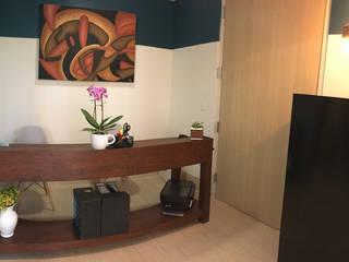 Consultorios MetabolikO (San Ángel Inn): Estudios y oficinas de estilo  por 78metrosCuadrados