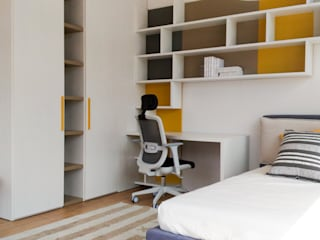 La camera dei ragazzi: Camera da letto in stile  di Spaziojunior