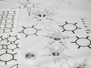 in stile  di ENZYME Design, Objets Extraordinaires
