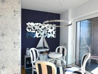 Apartamento com elementos Náuticos, Urbanos e contemporâneos - Vista para o mar por Victor Bertier Design