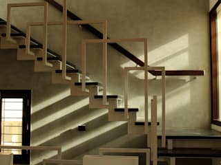 STAIRCASE:  Stairs by de square