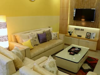 2 BHK Apartment of Mr Alex Parera Kolkata Modern living room by Cee Bee Design Studio Modern
