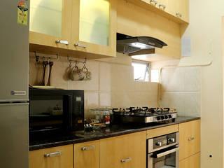 2 BHK Apartment Mrs Radha Basu Kolkata by Cee Bee Design Studio Classic
