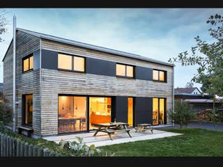 Bayerische Moderne Landhäuser von plusEnergieArchitektur Landhaus