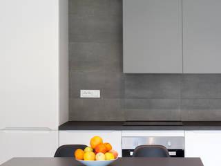 CASA M+P. FIRENZE: Cucina in stile  di OKS ARCHITETTI
