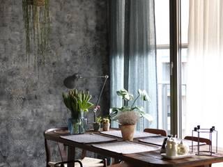 Ivy's Design - Interior Designer aus Berlin 餐廳 木頭 Brown